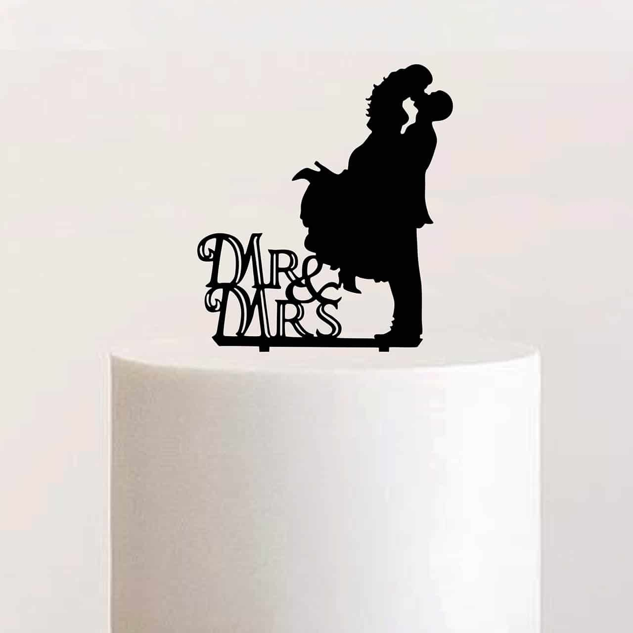 "Cake Topper ""Mr & Mrs Kuss"""