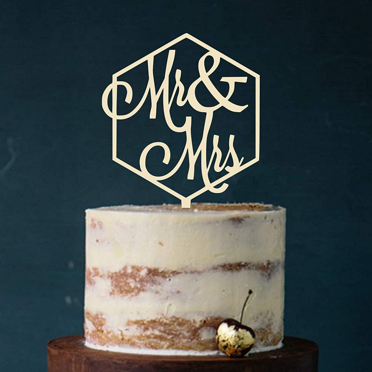 "Cake Topper ""Mr. & Mrs."""