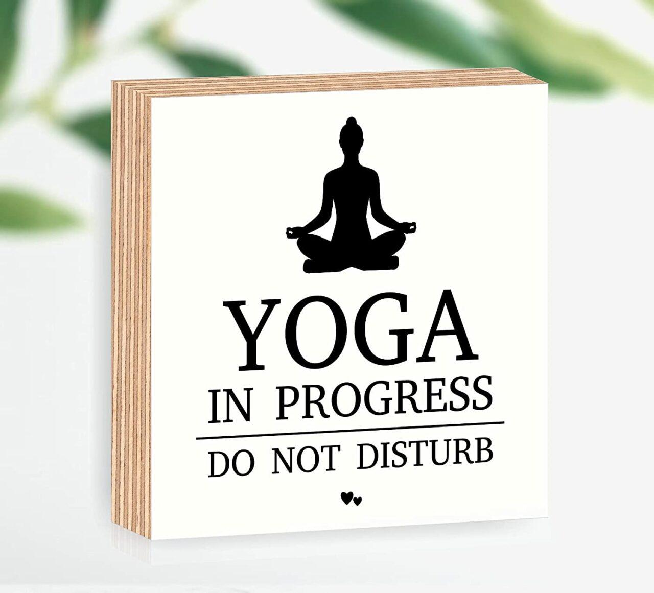 "Holzbild ""Yoga in progress"""